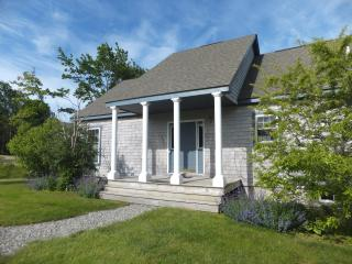 Blue Heron Tide Seaside Cottage. Fabulous cove views await you!