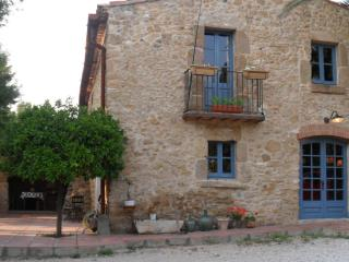 Can Baro. 15kms to Costa Brava beaches + pool, Orriols