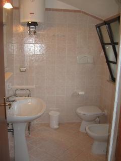 1 of 5 bathroom