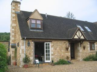 Willow Cottage, Broadway, in the Cotswolds AONB