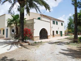 Villa +8 Pax pool, BBQ, TV Sat, Campos