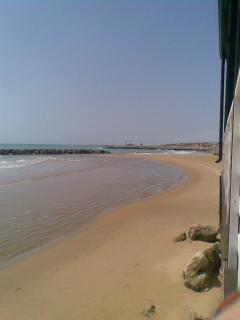 Spiaggia sabbi fine e fondali bassi