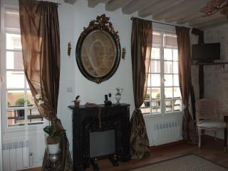 LE MARAIS -Lovely cosy flat