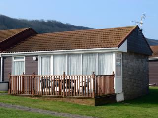 37 Golden Bay Holiday Village Beach Cottage, Westward Ho