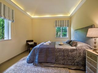 double bedroom (garage room)