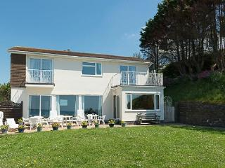Superb detached house situated next to the beach