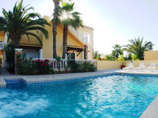 Casa De Los Muros, Ibiza