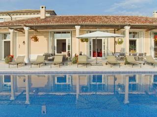 Villa Vastis