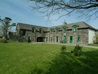 'The Stables', Westcove, Ring of Kerry. Sleeps 11, sea views, games room, studio