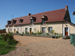 The entire Longere farmhouse, compare and contrast with....