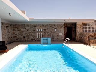 Tinos  Habitart - The Green House