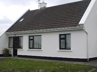 Cottage in Connemara situated close to beaches.
