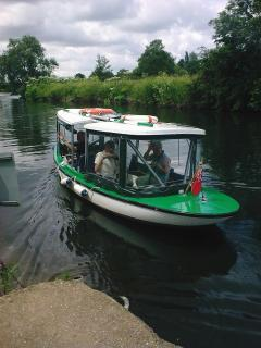 Private River Taxi calls at the Lodge, 10 mins scenic boat ride to town 10am-5pm Summertime