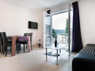 California apartments - 05, Dubrovnik