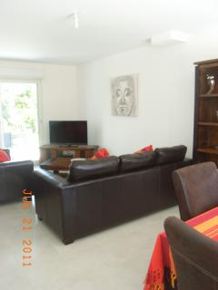 Lounge includes large flat screen T.V with internet, PS2, DVD and stereo system with docking station
