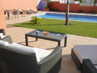 Beautiful pool area and outdoor lounge with kitchen/bbq and dining