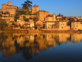 La terrasse, Puy-l'Évêque