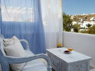 GT suites mykonos, Ornos