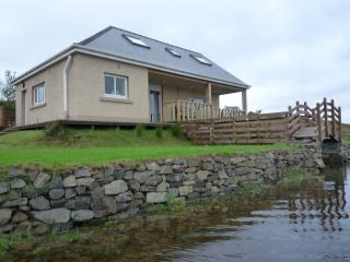 Cottage from the loch