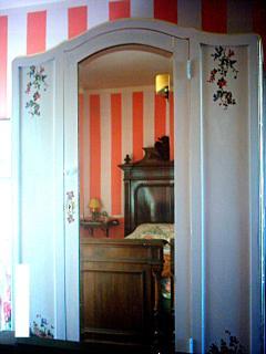 la camera matrimoniale o doppia della suite Artemisia