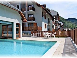 T2 avec piscine a la montagne dans les Pyrenees a Arreau