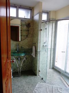 Bathroom, ensuite to master bedroom