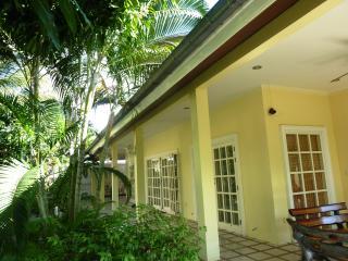 HuaHin Beach Side Rental Villa