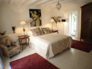 Ground floor bedroom with doors to the terrace