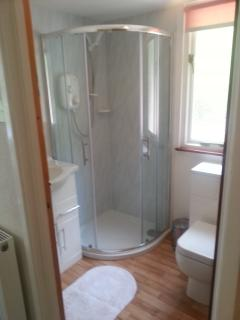 ensuite for bedroom 2, upstairs