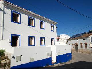 Thyme (By rental-retreats), Obidos