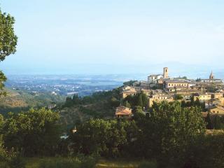 Palazzo Fiumi-LaPlaca:  Assisi