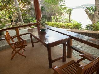 5 Bedroom Luxury Villa and Beach in Puerto Galera