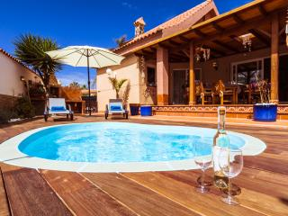 VILLA HIBISCUS CORRALEJO CENTRUM WITH PRIVATE POOL