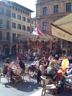Relaxing Italian style -Sunday in the piazza