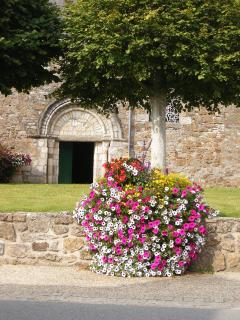 Beautiful flowers and wonderful architecture in pristine villages.