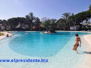 El Presidente Marbella Madrono -heated pool + wifi