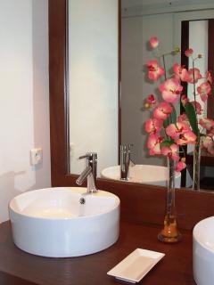Salle de bain aucoeurcaraibe.com