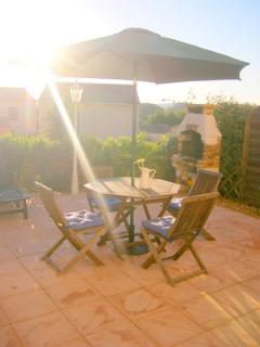 Enjoy the best of outdoor living on our large terrasse