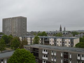 Aberdeen City Centre Apartment & Private Balcony