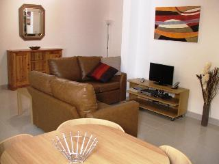 2 Bed. Townhouse Apartment, Birzebbuga