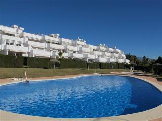 Benavista, 2 bed garden apt., Estepona