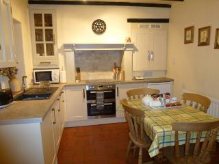 Foxglove Cottage's Dining Kitchen