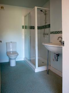 Partial view of en-suite bathroom
