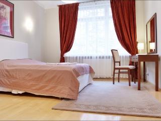LUX 2 bedroom apartment Niemcewicza, Varsovia