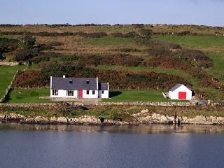 An Teach Ban on the Wild Atlantic Way near Clifden