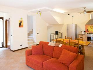 Case Vacanza Cipriano Beautiful Apt for 2-8 pers in Torretta