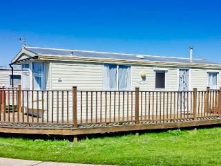 Ref 20201 6 berth caravan with decking pet friendly at Broadland Sands park .