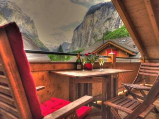 Luxury Penthouse. Amazing view, Lauterbrunnen