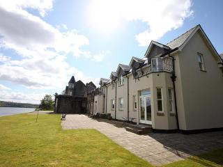 Number 15 Lomond Castle