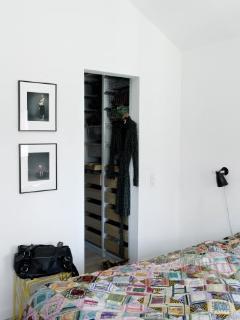 4 bedrooms, 1 bathroom